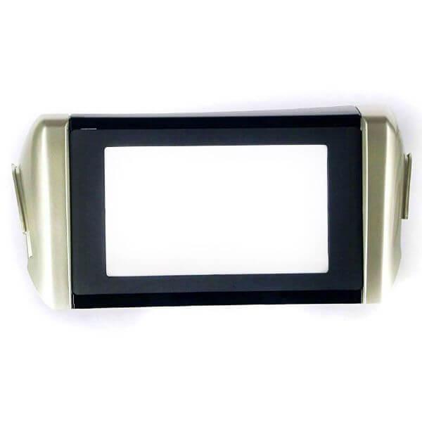 Stereo Fascia Frame for Toyota Innova Crysta